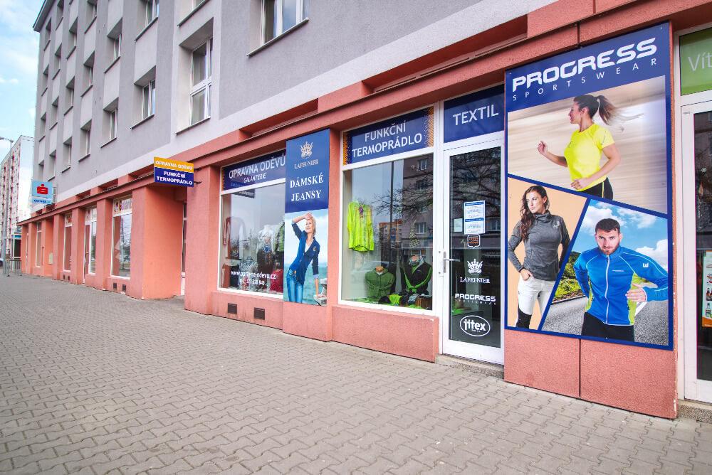 galerie opravnaodevu.cz